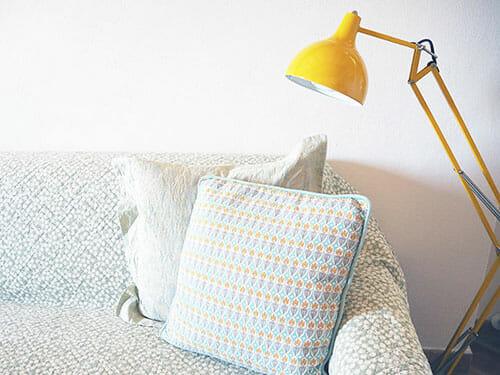SOFA-&-LAMP-VILLETTA-IO