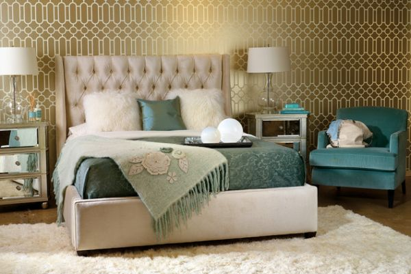 Chic-bedroom-with-a-daft-tufted-headboard-for-the-plush-look