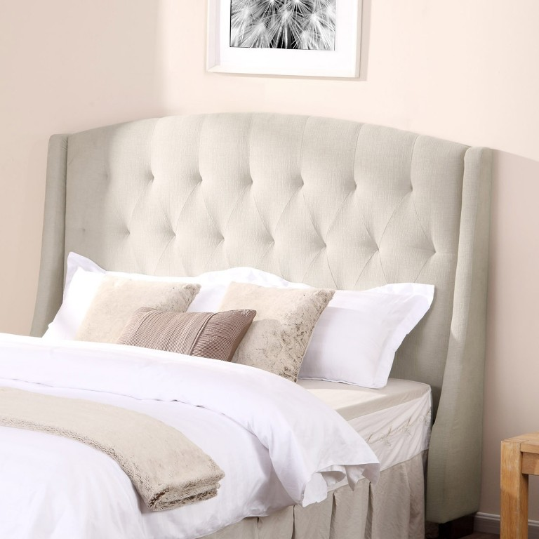 Tufted Linen Bed