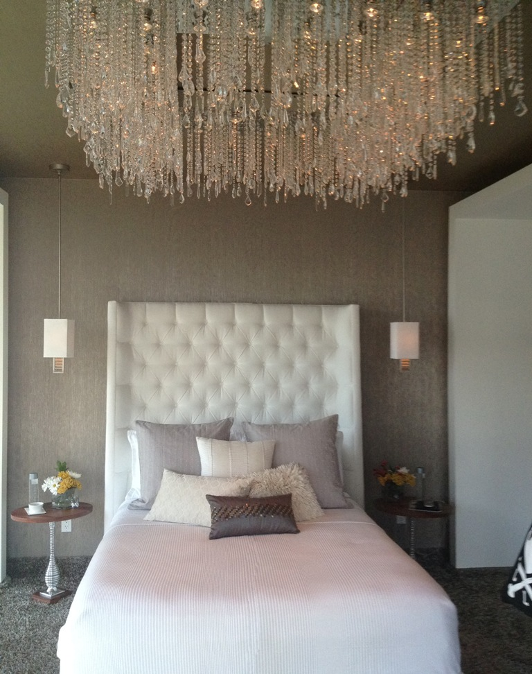 bedroom-interior-decoration-ideas-elegant-crystal-high-ceiling-lighting-in-modern-bedroom