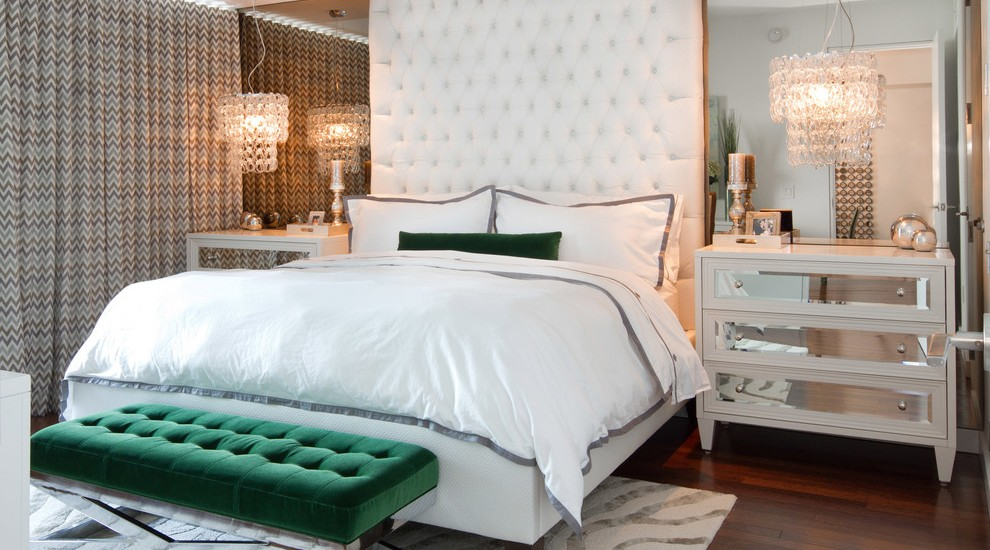 white-tufted-headboard-Bedroom