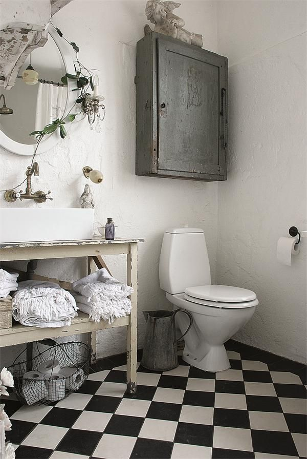 Cute Shabby Chic Bathroom Decor