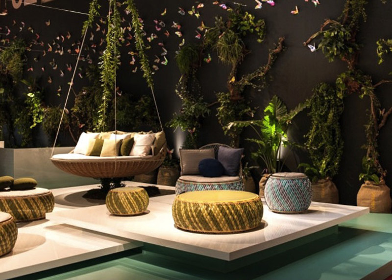 Small-garden-ideas-small-modern-furniture