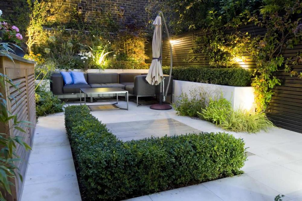 beautiful-small-modern-garden-design-ideas-with-modern-patio-furniture