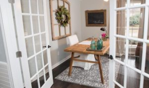 23 Best Farmhouse Home Office Design Ideas