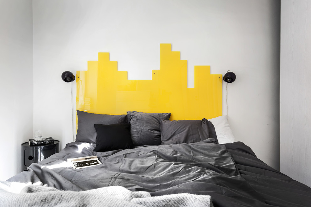Contemporary Bedroom With Acrylic Headboard