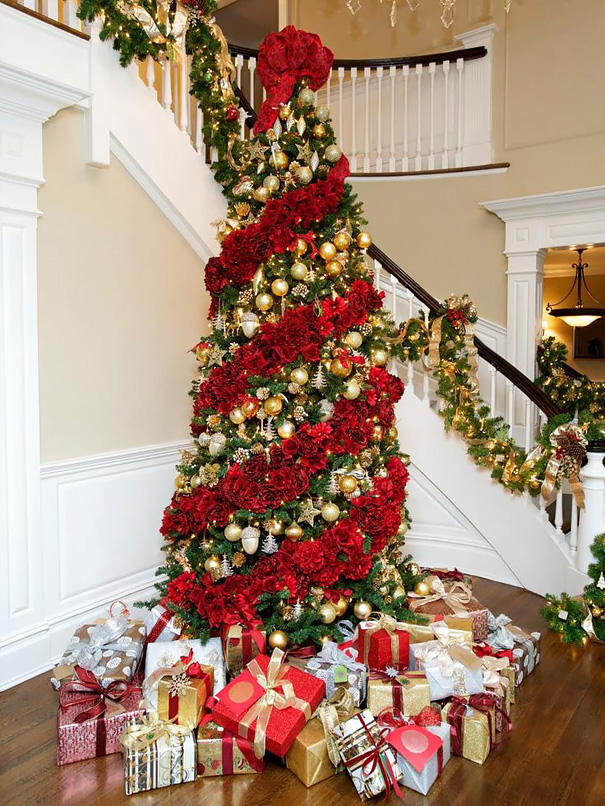 floral-christmas-tree-decoration