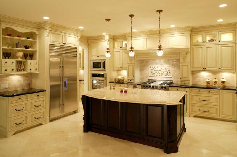 white-traditional-luxury-kitchen-design