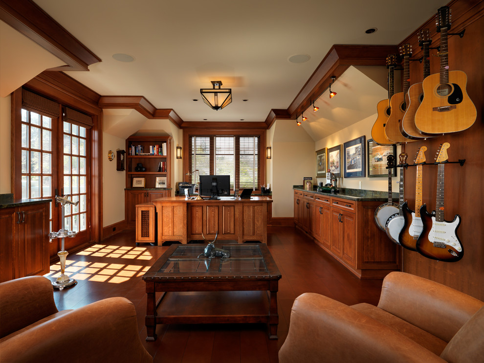 Large Craftsman Home Office