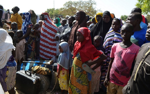Photo of Federal Government Donates Relief Materials to IDP's in Yobe