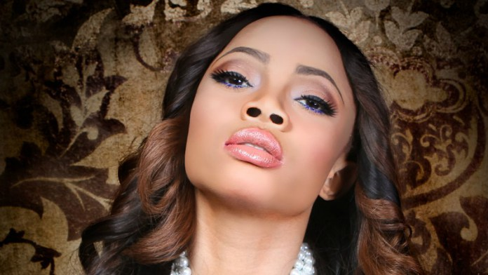 Photo of Toke Makinwa Advises Ladies On Standards