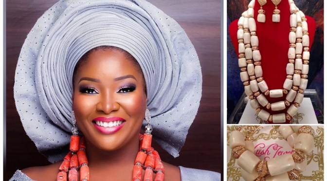 Photo of LOL! See Oreka Godis Struggling to Catch Bouquet at Toolz Wedding