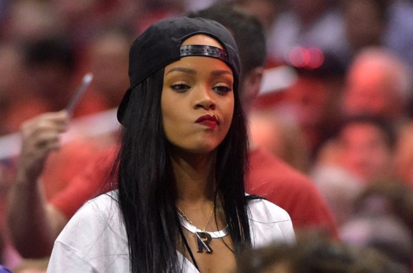 Photo of Rihanna Sued By a Nigerian Company
