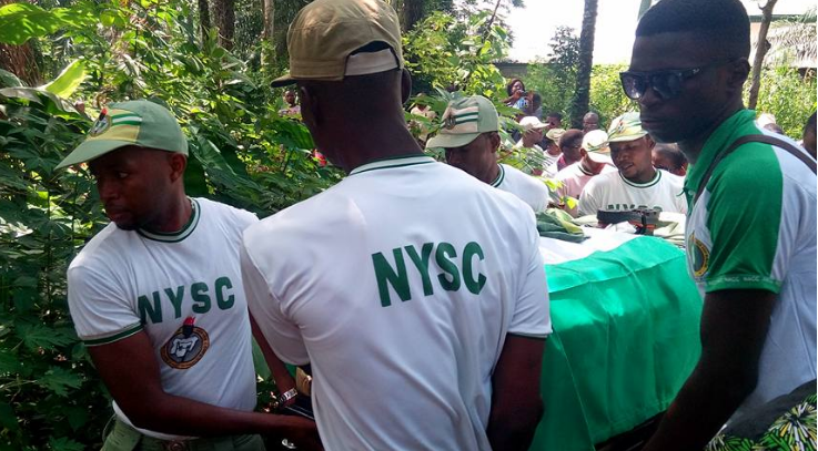 Photo of Family of Late Corps Member Ngozi Onyekwere Disagree With Police Report