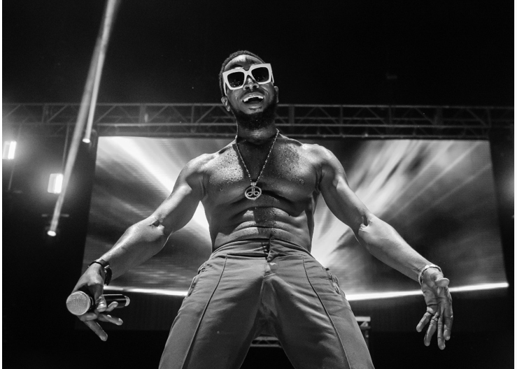 Photo of A DECADE AFTER, KOKO MASTER D'BANJ STILL ELECTRIFIES AT THE KOKO CONCERT IN THE UK