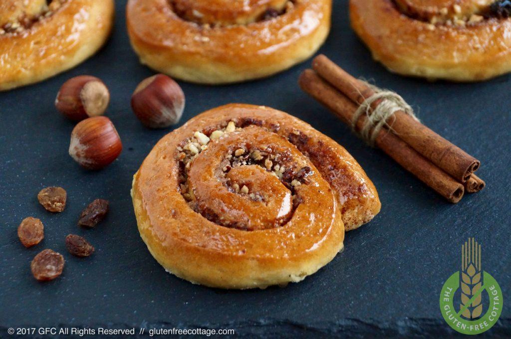 Gluten-free cinnamon rolls (Danish).