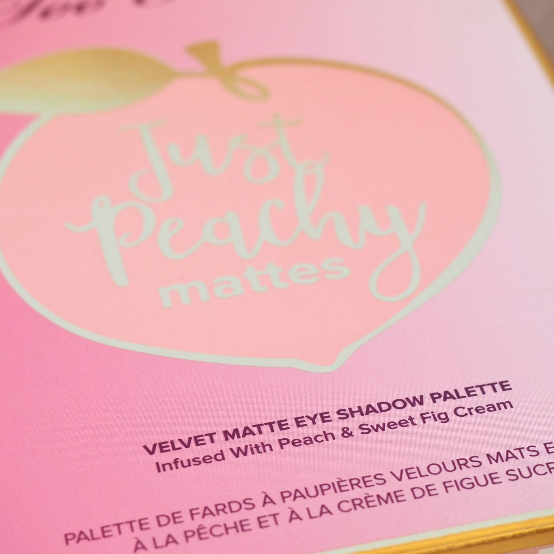 Too Faced Peachy Matte Eyeshadow Palette Review