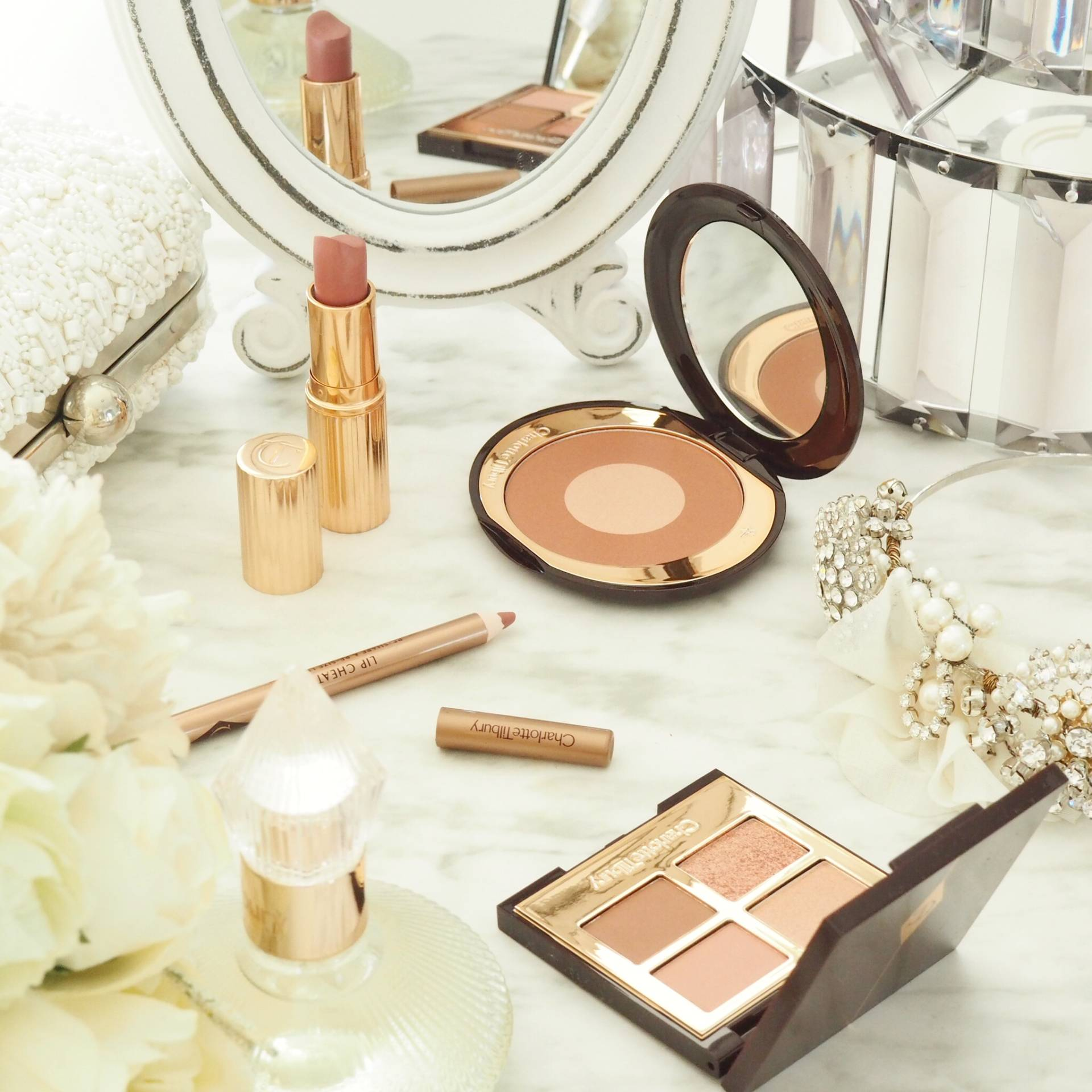 Charlotte_Tilbury_Pillow_Talk_Makeup