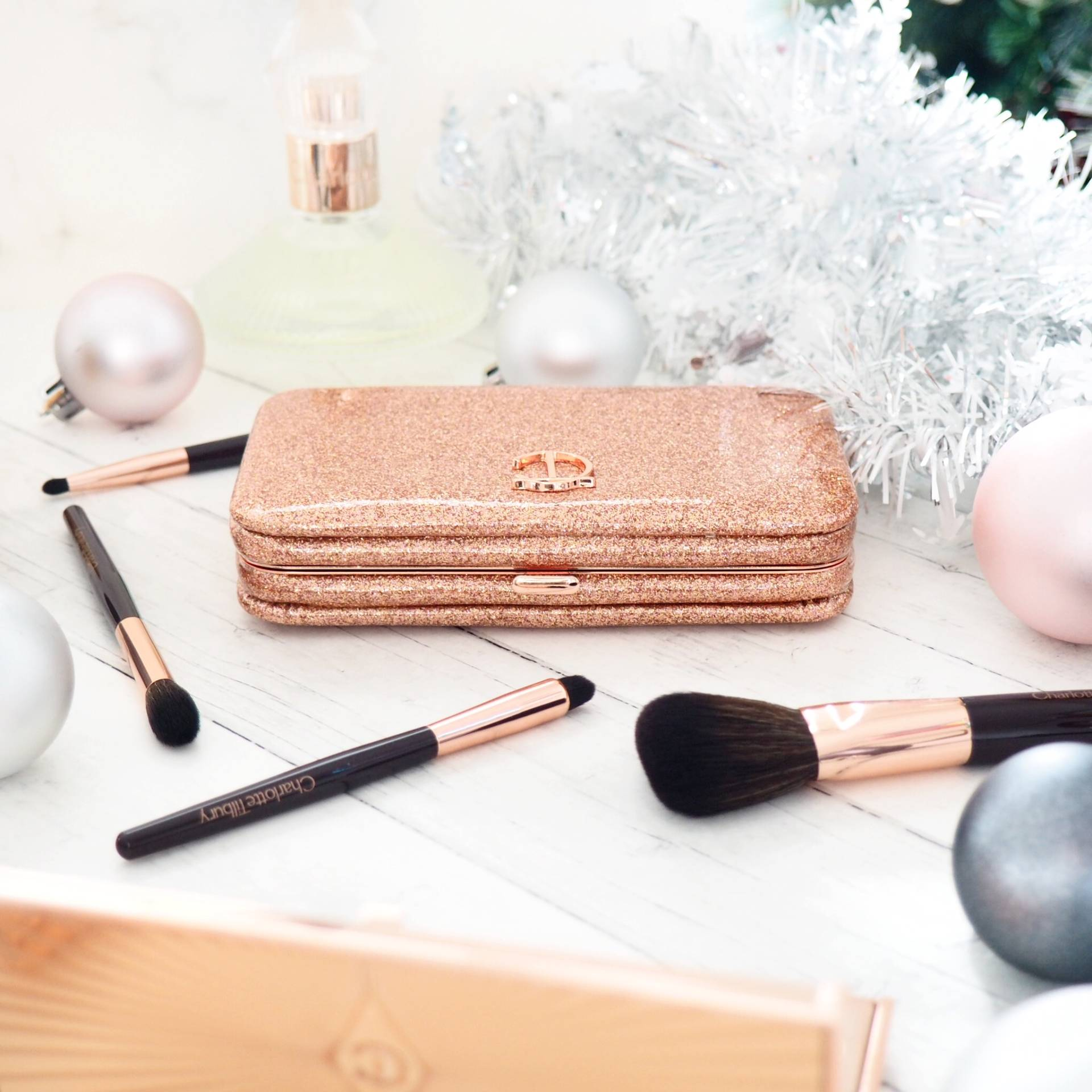 Charlotte-Tilbury-Makeup-Brushes-Review