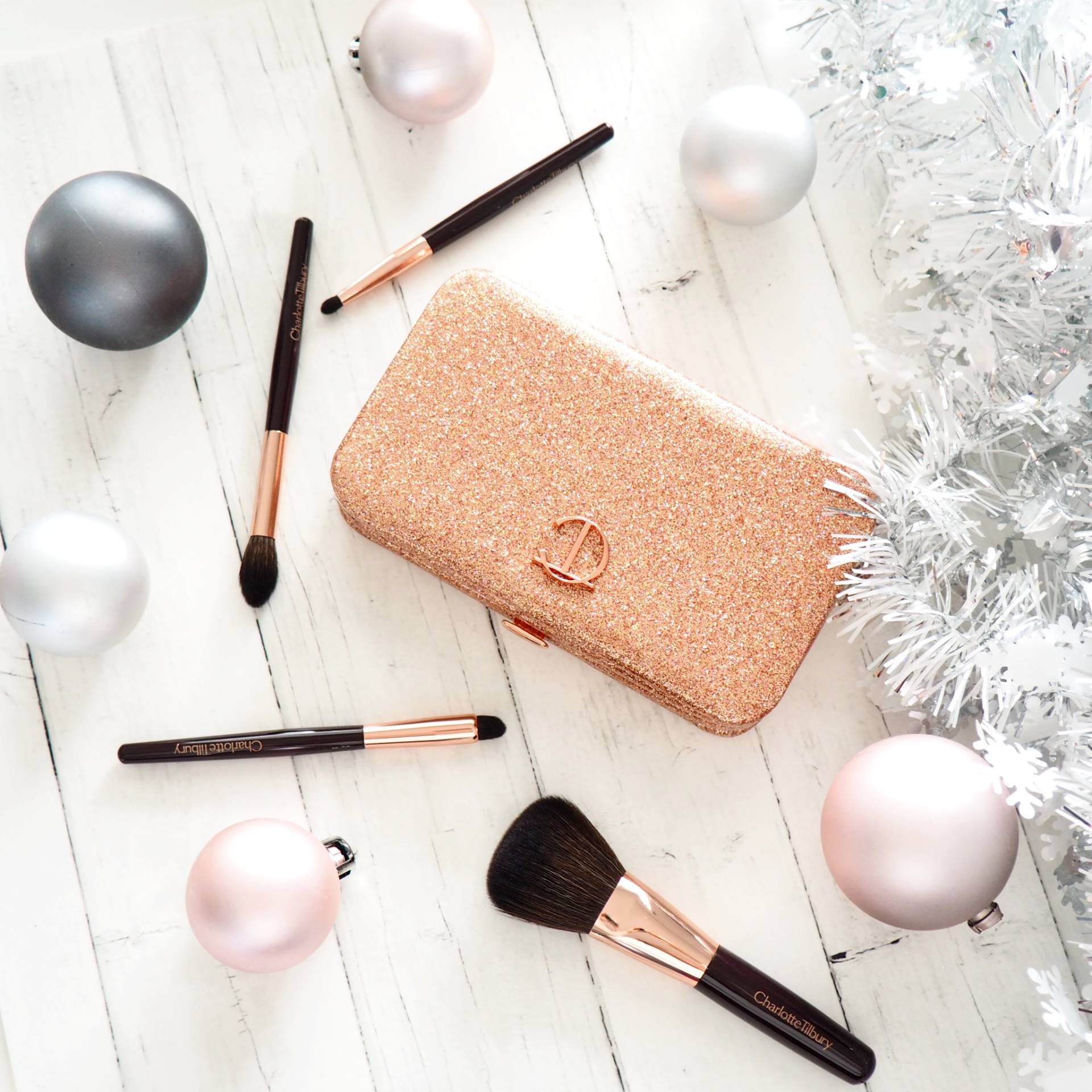 Charlotte-Tilbury-Makeup-Brushes