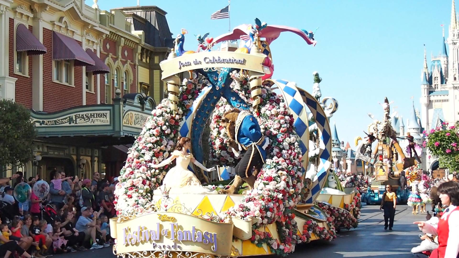 Walt-Disney-World-Parade-Package