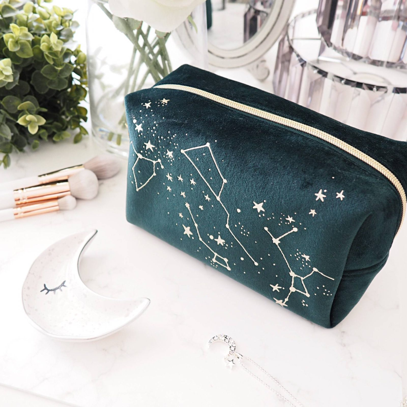 Oliver Bonas Star Makeup Pouch