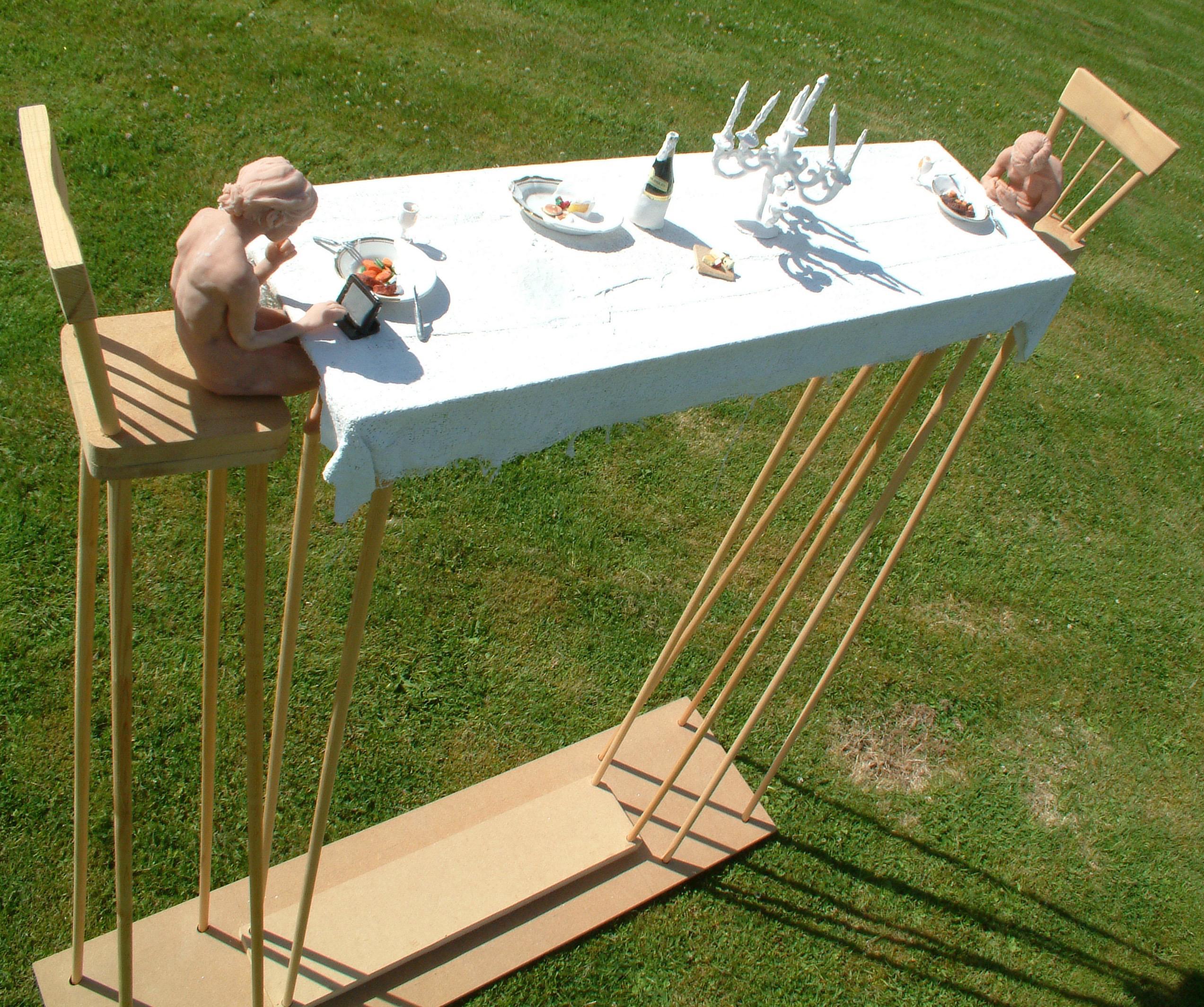 sculpture artwork cake