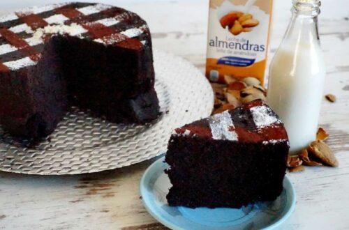 Bizcocho de chocolate sin lactosa muy esponjoso