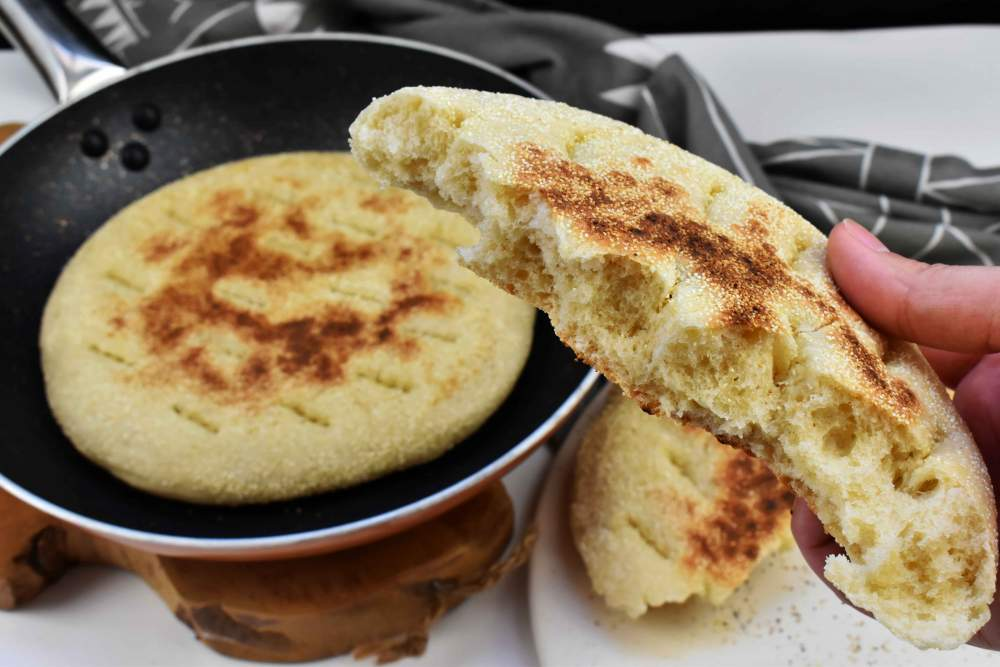 pan a la sartén estilo árabe