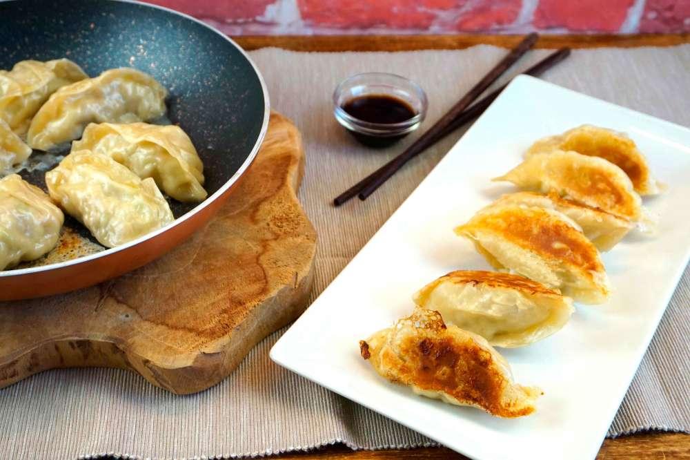 gyozas japonesas con masa de empanadilla