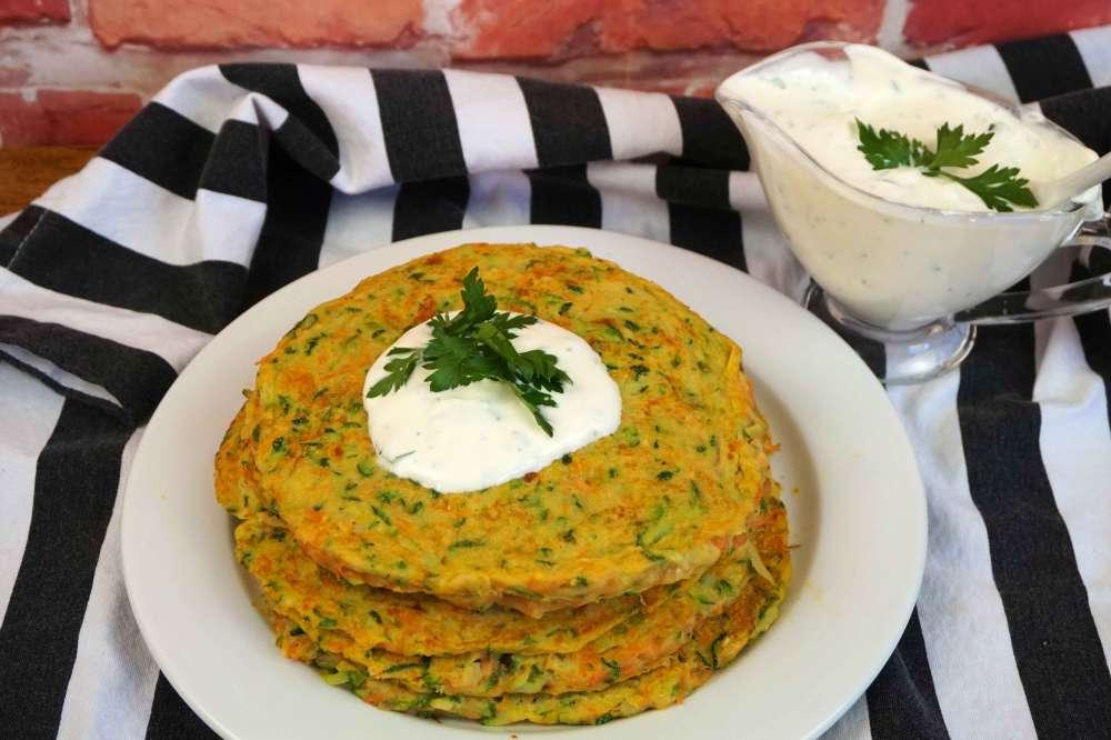 tortitas de calabacín y zanahoria saludables
