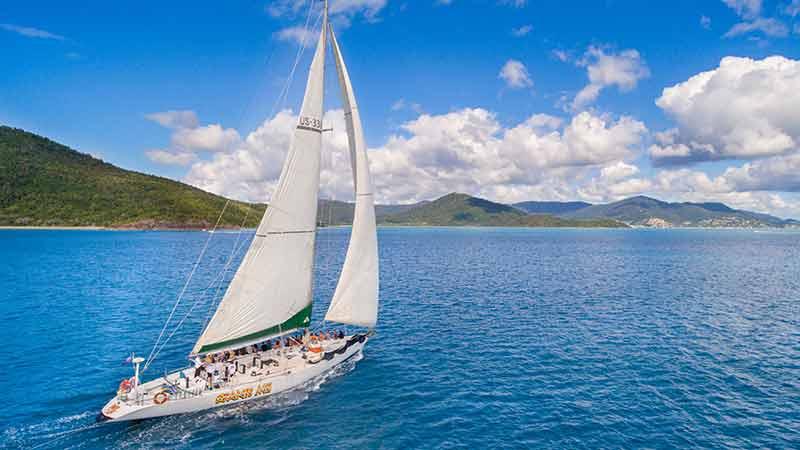 spank me Whitsundays under sail