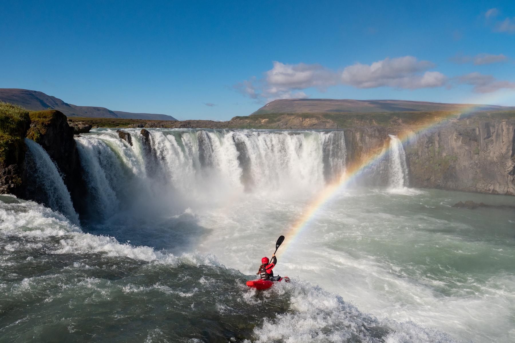 Alice Dullehan Kayaking Godafoss Iceland Andy Kettlewell/Pistyll Productions