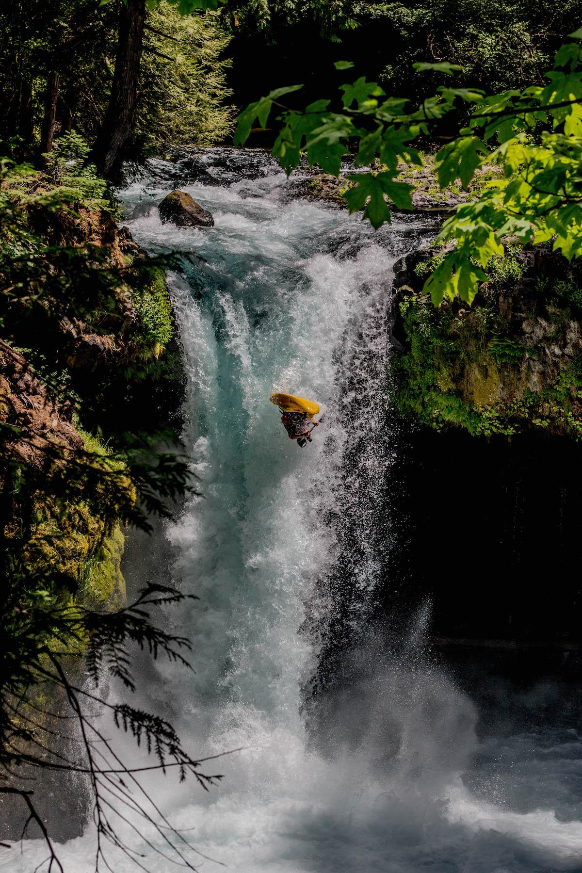 Aniol Serrasolses Kayak Orbit Flip John Haines/ Pistyll Productions