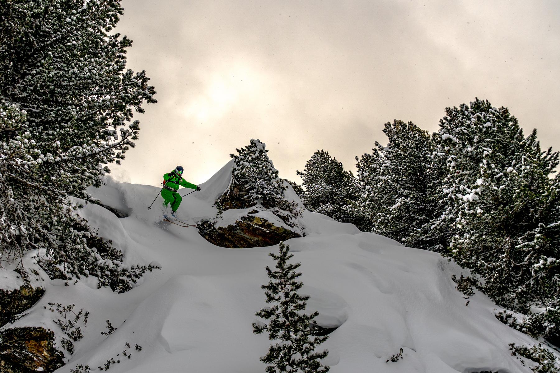 Oetz Skiing John Haines/ Pistyll Productions