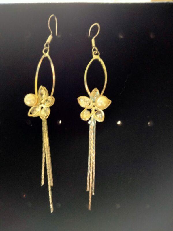 Flower Tassel Golden