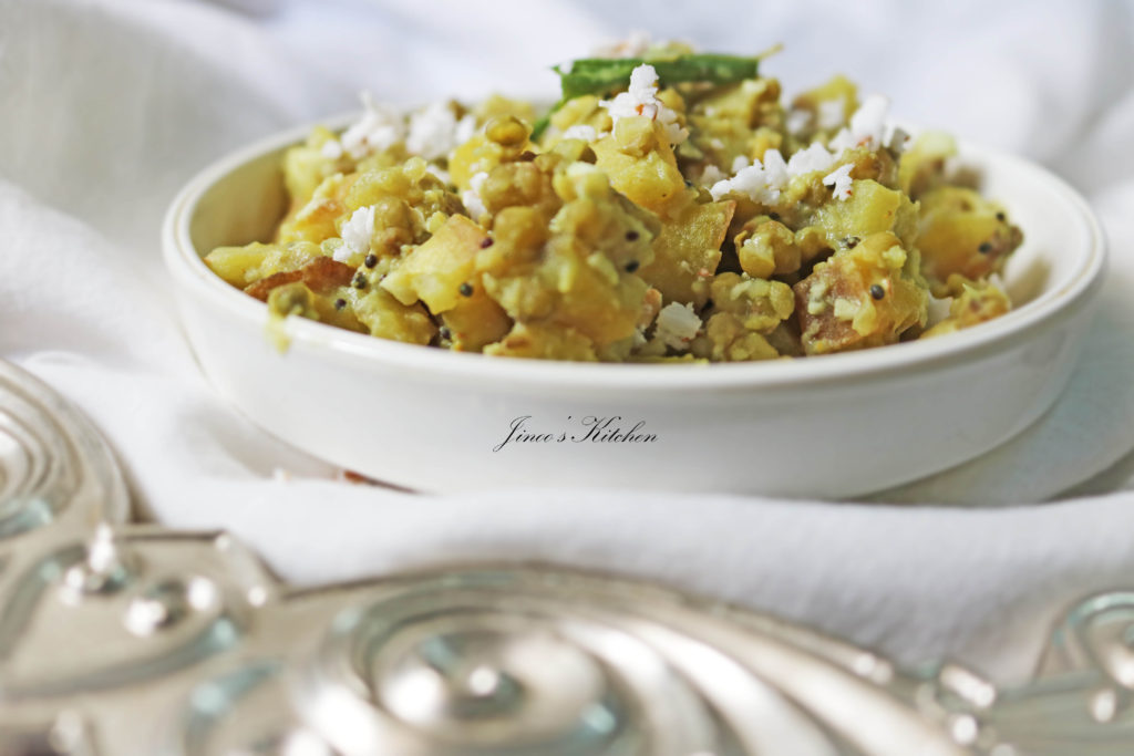 vazhakkai cherupayar curry