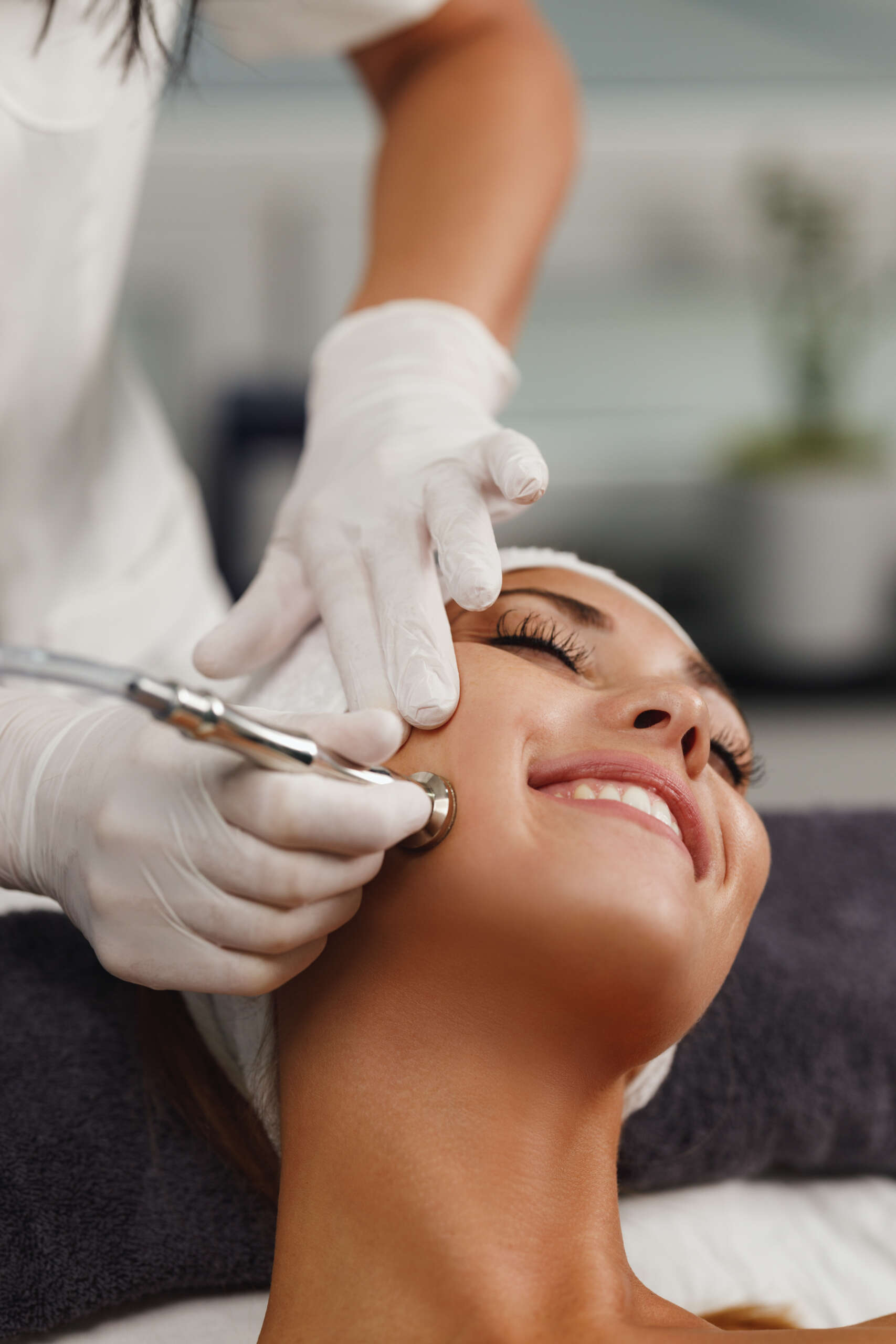 MICRODERMABRASION Facial Device Suppliers