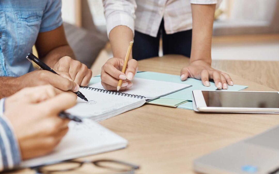 Diferencias entre OKRs y KPI: Cómo diferenciarlos y trabajarlos juntos