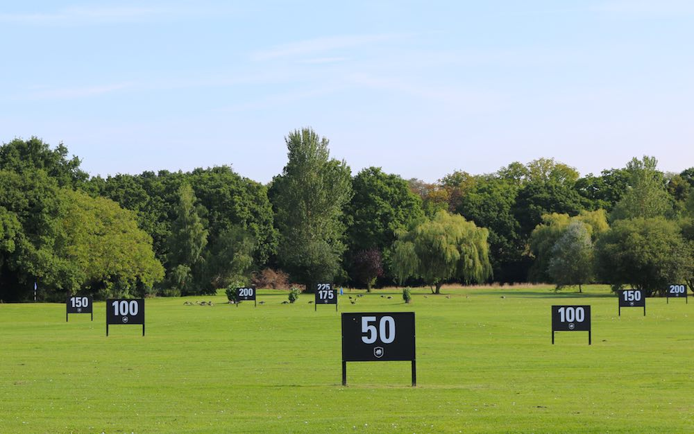 Floodlit Golf Range at Wexham Park Golf Centre in Buckinghamshire & Berkshire Slough