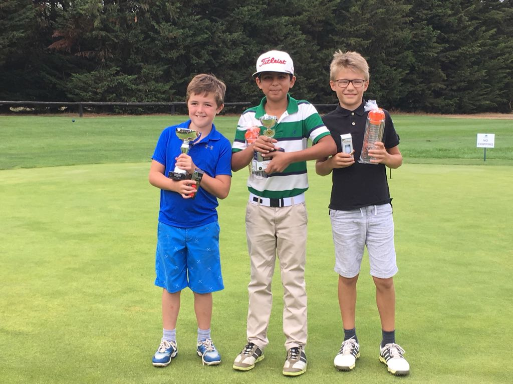 Junior Golf At Wexham Park Golf Centre