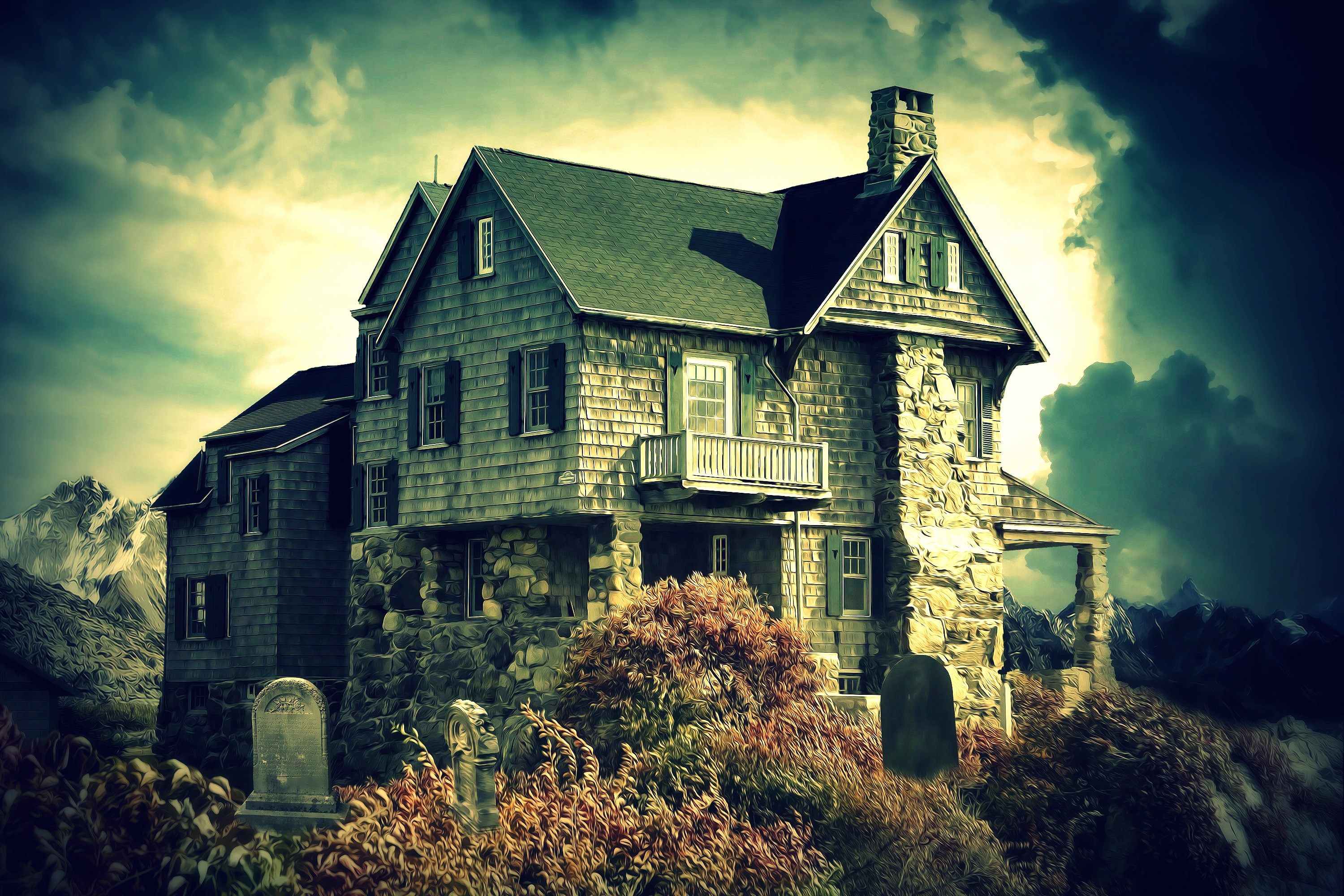 Haunted Houses: 7 Signs a House May Be Haunted