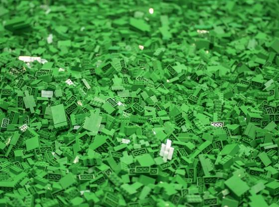 LEGO Bricks: Lingering in the Oceans for Centuries