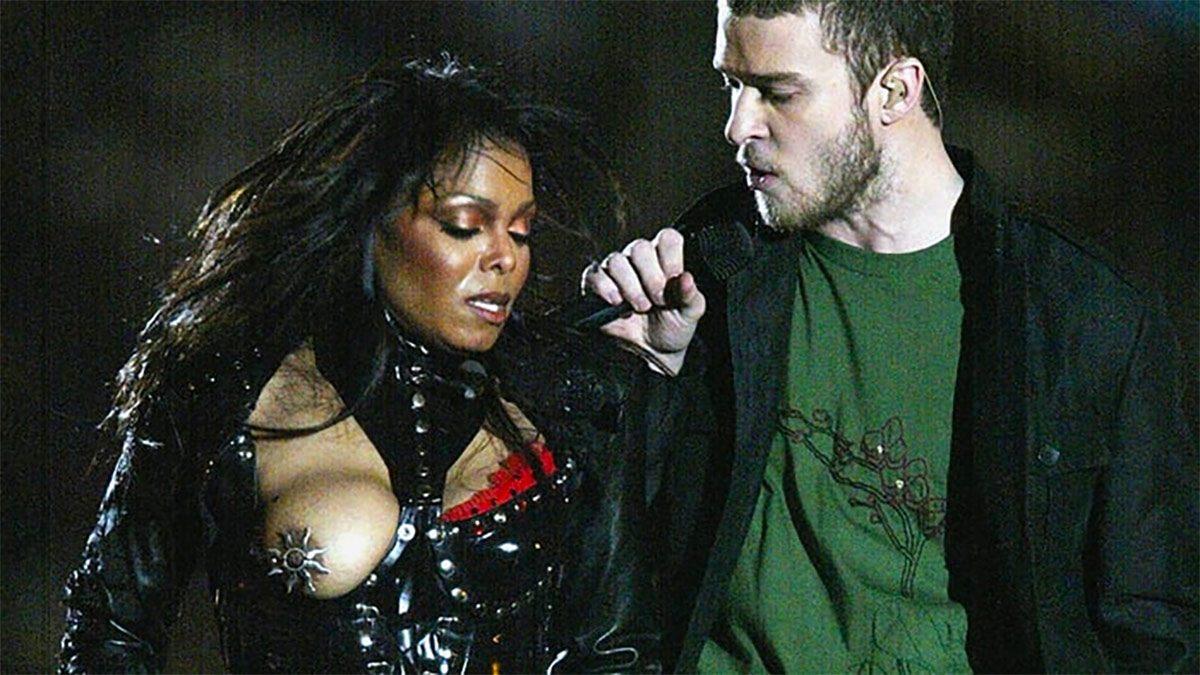 Janet Jackson and Justin Timberlake Super Bowl XXXVIII