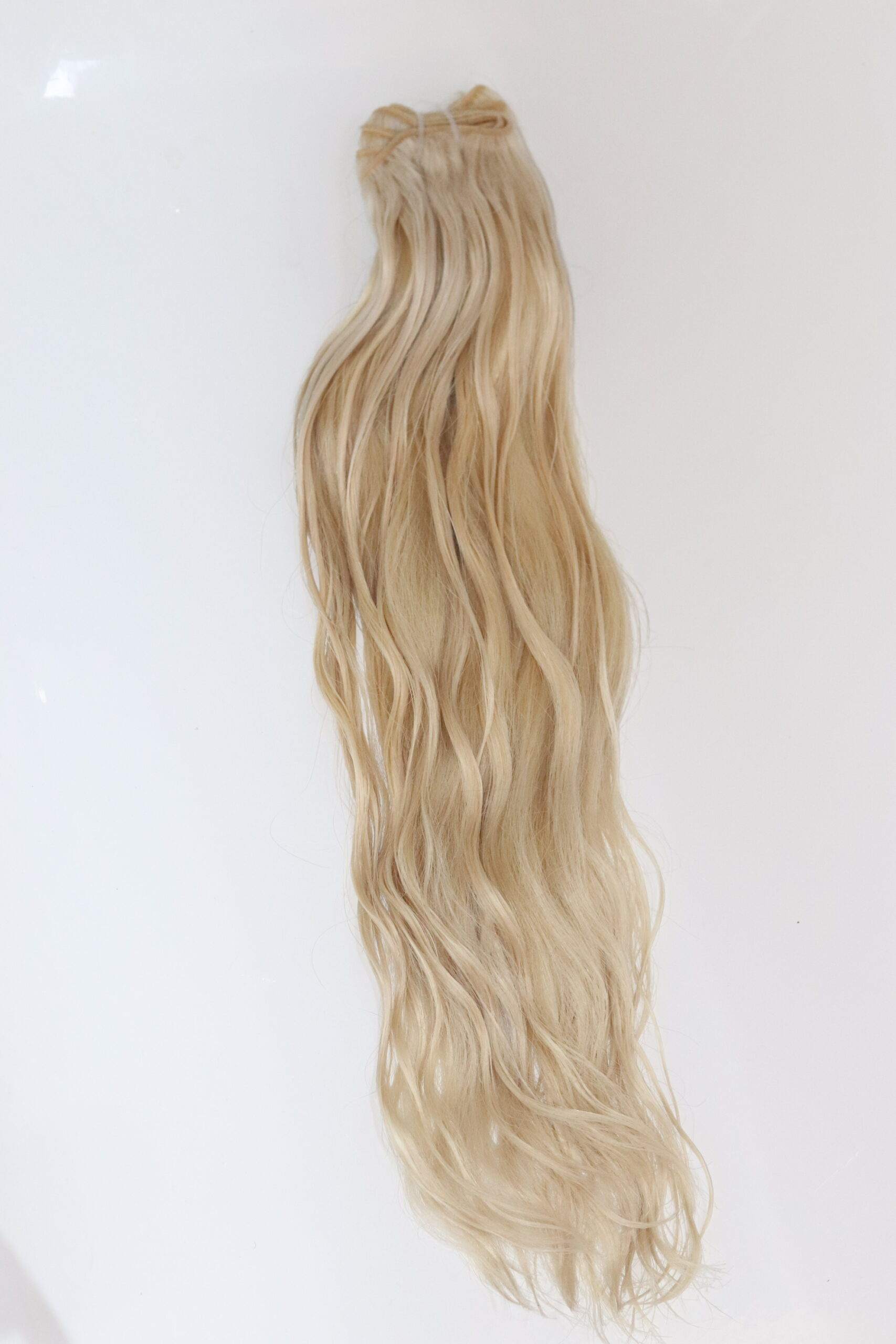 blonde double drawn hair extensions weft