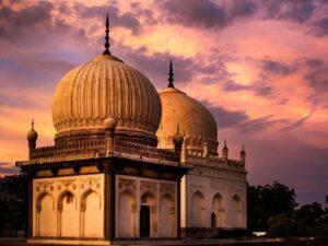Qutub Shahi Tombs 1024x768 resize 7