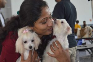 Ashita Mathew from Heads Up for Tails a Dog Groomer from Bangalore seen with the Dog she groomed 8