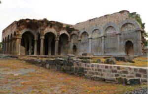 Konda Masjid Warangal Fort. Photo by Moses Tulasi