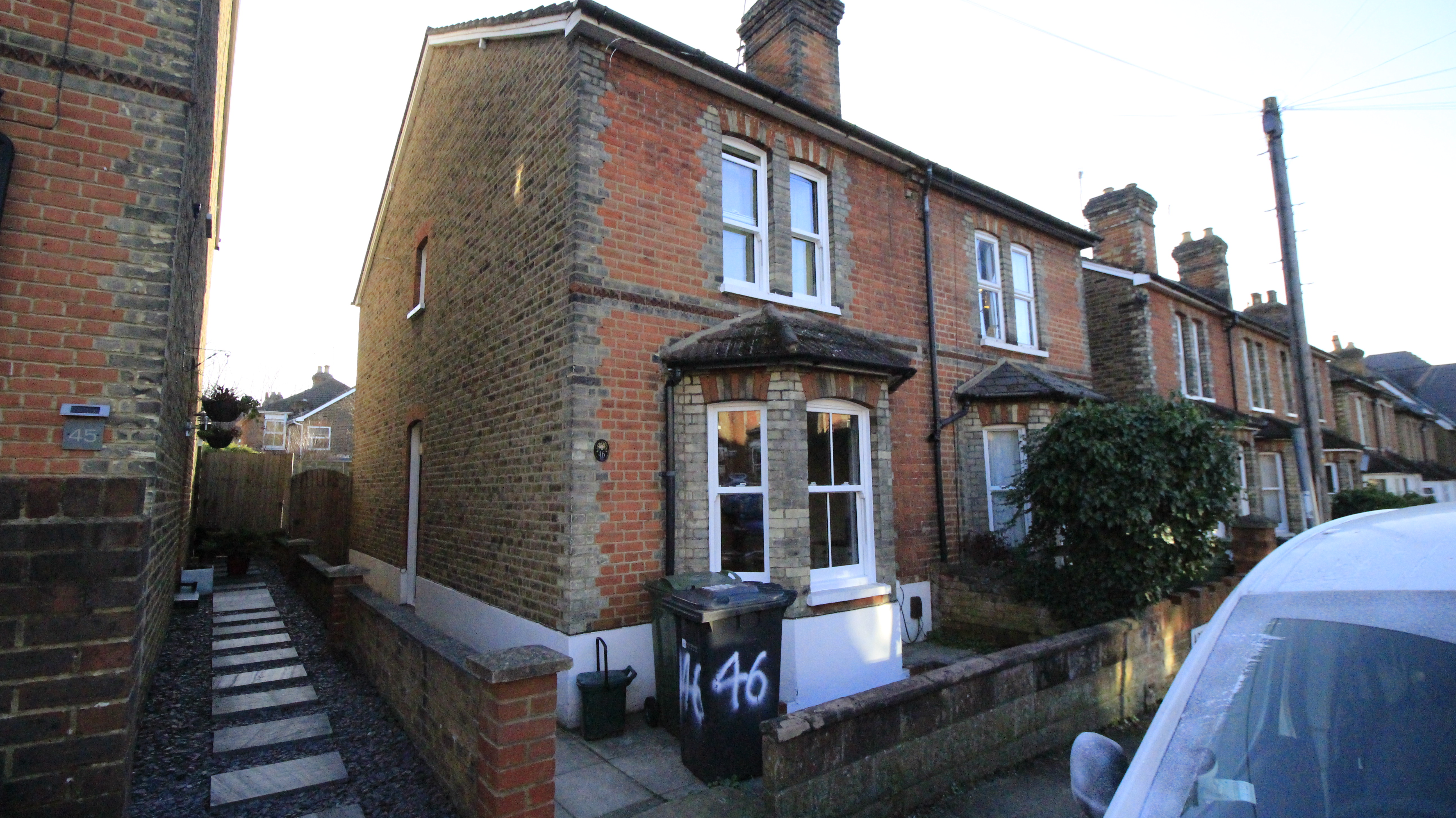 4 bedroom house share - Guildford- Surrey