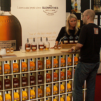 A photo of a display stand promoting The Glenrothes whisky at our Whisky Live Glasgow event 2005. RSAN produced the event, managing all pre-production for the installation in Glasgow's George Square and producing daily activations during the event.